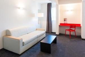 ibis Styles Cannes Le Cannet (16 of 41)