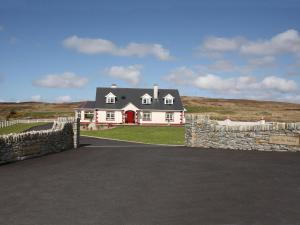 Photo of Gort Na Mona Bed And Breakfast