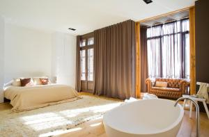 Photo of Destination Bcn Apartment Suites In Barcelona