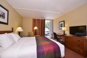 Best Western Branson Inn Next To Silver Dollar City