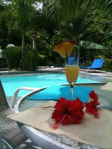 La Tropicale Beach Lodge