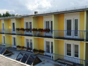 Photo of Hotel   Familienpension Obirblick