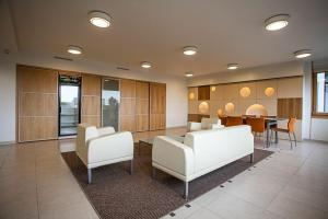 City View Apartment On Tauro Hill