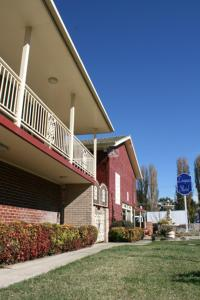 Photo of Leagues Motel