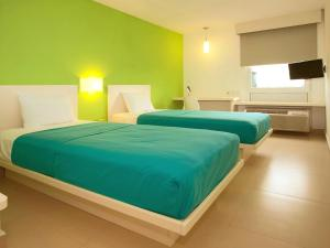 Standard Double Room with Two Twin Rooms
