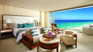 Preferred Club Junior Suite Ocean View King
