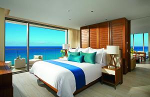 Preferred Club Master Suite Ocean Front King