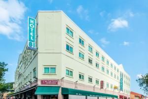 Photo of Hotel 81 Tristar