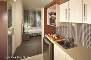 King Studio Apartment