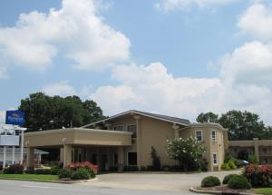 Photo of Baymont Inn & Suites   Chocowinity/Washington Area