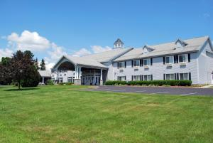 Photo of Cabot Inn & Suites