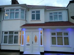 Apple House Guesthouse Wembley in Edgware, Greater London, England