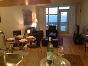 Photo of Atlas Suites   Mariner Furnished Apartments