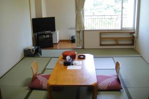 Hotel Green Plaza Shodoshima, Hotely  Tonosho - big - 4