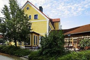 Hotel Landgasthof Gschwendtner, Hotels  Allershausen - big - 1