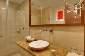Four Points by Sheraton New Delhi, Airport Highway, Hotels  New Delhi - big - 5