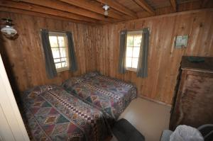 Three-Bedroom Chalet (6 Adults)