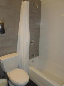 Double Room with Shared External Bathroom