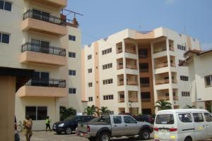 Holi Flats Executive Airport Apart Hotel