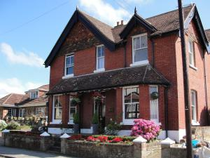 Hilton House Bed and Breakfast in Totland, Isle of Wight, England
