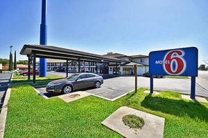 Photo of Motel 6 Anderson