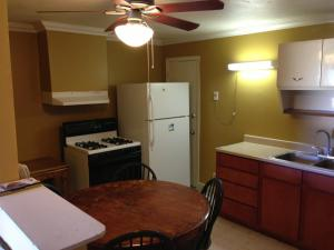 Double Room with Two Double Beds with Kitchenette - Smoking