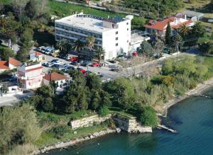 Photo of Zikas Hotel