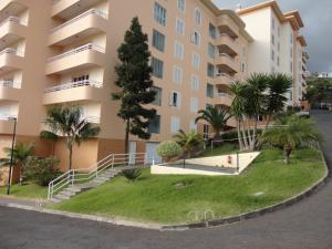 Lido/Funchal Tourist Two Bedroom Apartment, Apartments  Funchal - big - 30