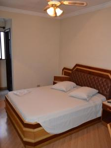 Double Room with Air Conditioning (1 Double bed)