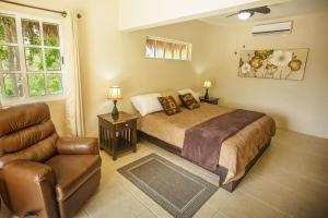 Deluxe Two-Bedroom Bungalow with Lagoon View