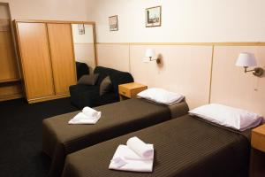 Economy Double or Twin Room with Shared Bathroom