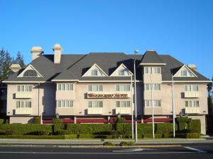 Photo of Woodcrest Hotel