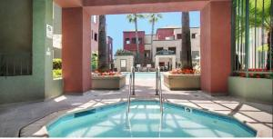 The Amethyst Downtown Culver City Luxury Apartment   A Live Luxe Property