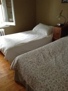 Double Room with Small Double Bed and Shared Bathroom