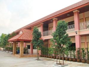 Photo of Suphattra Apartment