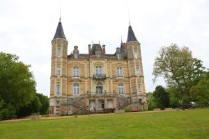 Picture of Chateau De La Moriniere