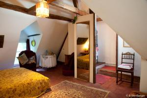 La Demeure Saint-Ours, Bed & Breakfast  Loches - big - 16