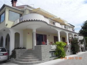Photo of Rooms And Apartments Roza