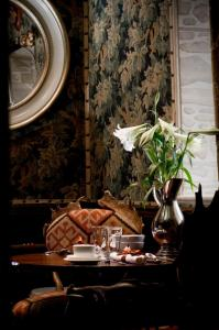 The Witchery by the Castle - 9 of 51