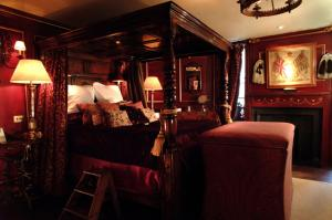 The Witchery by the Castle - 17 of 51