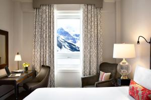 Fairmont Room with Lake View