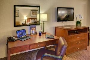 Best Western Plus Executive Inn - Rowland Heights, CA 91748 - Photo Album