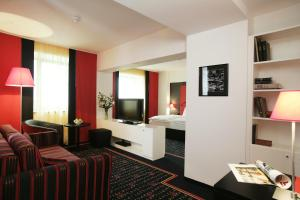 Vienna House Easy Airport Bucharest, Hotels  Otopeni - big - 6