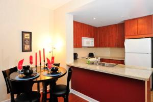 One-Bedroom Apartment - 250 Wellington Street