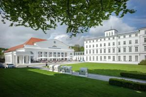 Grand Hotel Heiligendamm, Resorts  Heiligendamm - big - 75