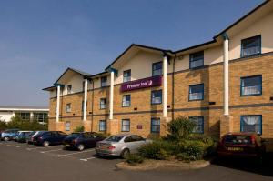 Premier Inn Wolverhampton (North) in Wolverhampton, West Midlands, England