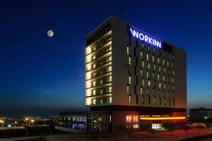 Photo of Workinn Hotel