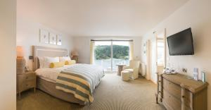 Salcombe Harbour Hotel - 20 of 24