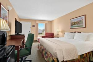Baymont Inn And Suites Eufaula - Eufaula, AL 36027 - Photo Album