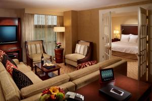 King Junior Suite - Concierge Level